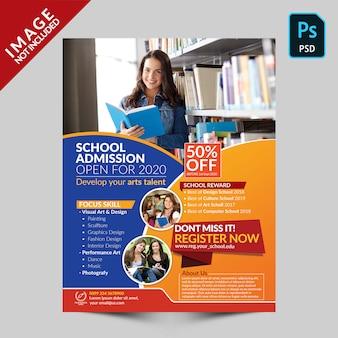 Modèle de flyer de admission à l'école