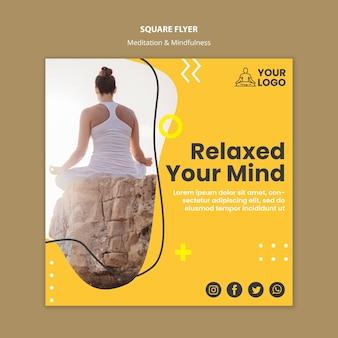 Modèle de flyer carré de méditation et de pleine conscience