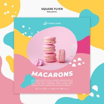 Modèle de flyer carré de tas de macarons roses