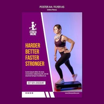 Modèle de flyer de concept de fitness en ligne