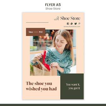 Modèle de flyer de concept de magasin de chaussures