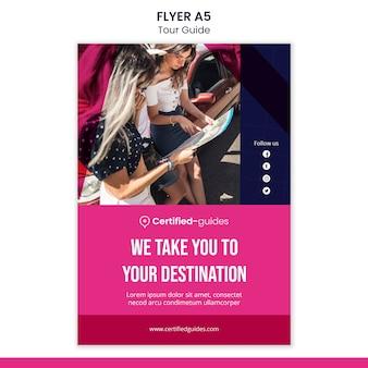 Modèle de flyer de guide touristique