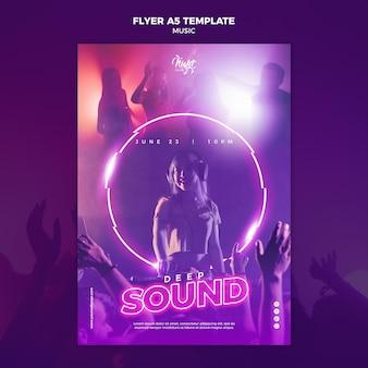 Modèle de flyer néon pour la musique électronique avec dj féminin