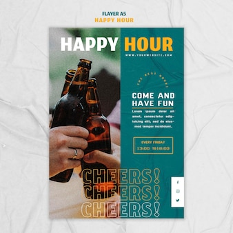 Modèle de flyer vertical pour happy hour