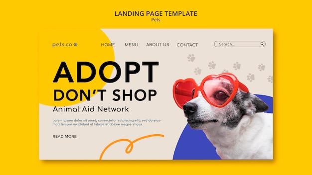 Modèle de page de destination pour l'adoption d'un animal de compagnie avec un chien