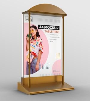Modèle promotionnel de maquette de tente de table 3d pour affichage a4