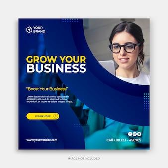 Modèle de publication sur les réseaux sociaux avec développer votre concept d'entreprise modèle instagram bleu foncé moderne