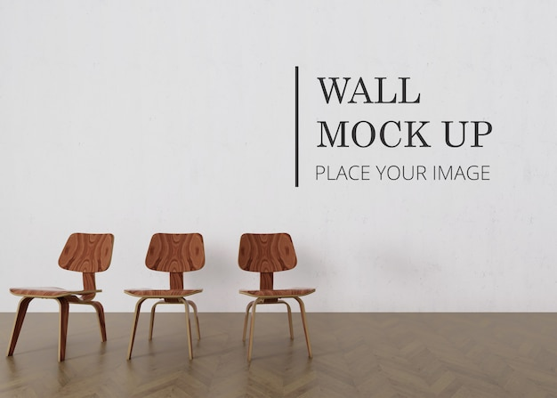Mur de salle vide maquette avec plancher en bois et trois chaise en bois brun minimaliste