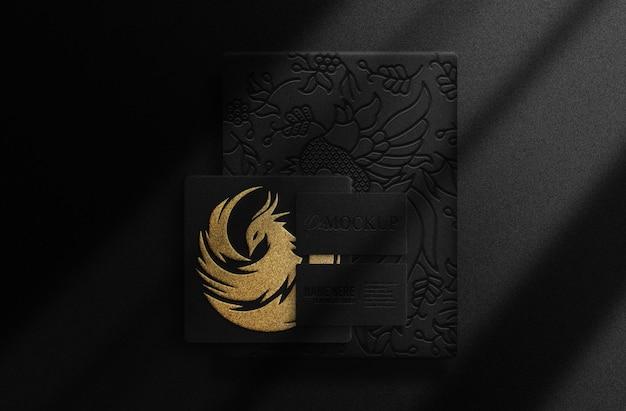 Papier gaufré en or de luxe et maquette de carte de visite