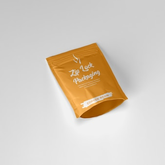 Pochette ziplock mate contenant de la poudre de café fixant la maquette