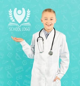 Portrait, de, smiley, jeune docteur