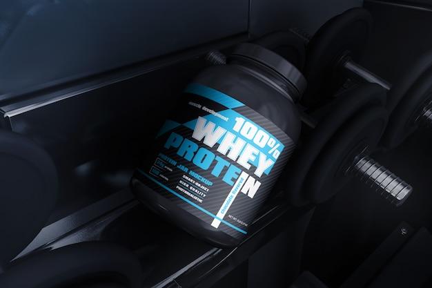 Pot de protéines en plastique dans une maquette de scène de gym