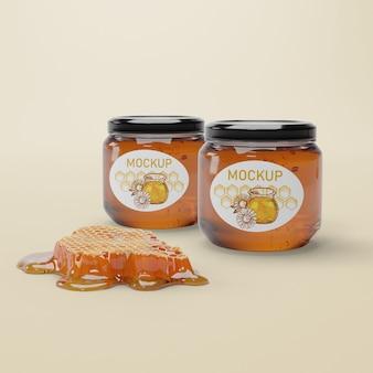 Pots à encaisser avec du miel naturel
