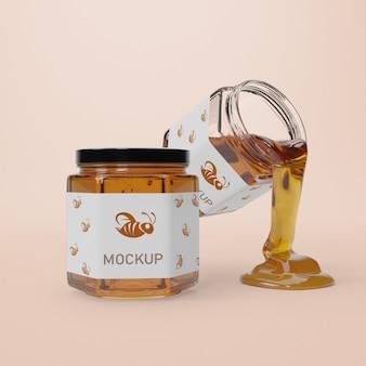 Pots de maquette avec du miel