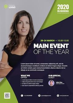 Principal événement de l'année avec une femme d'affaires