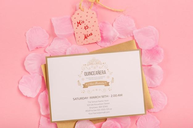 Quinze invitation et étiquette d'anniversaire