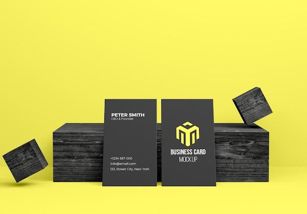 Rendu 3d de maquette de carte de visite avec fond en bois