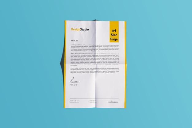 Rendu de conception de maquette de papier pli réaliste a4 isolé