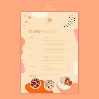 Restaurant brunch avec menu petit-déjeuner