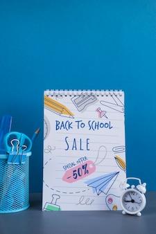 Retour à la vente d'école avec fournitures