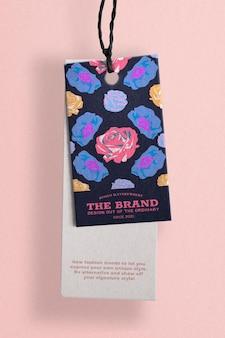 Roses colorées de maquette d'étiquette de mode florale psd