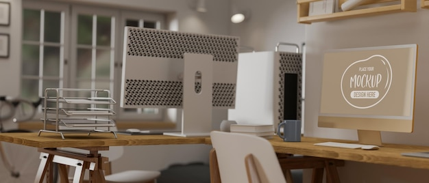 Salle de bureau intérieur confortable avec maquette de périphérique informatique