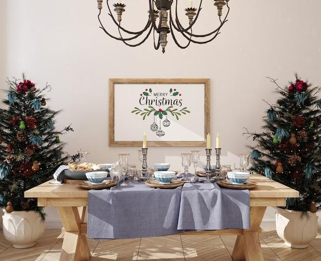 Salle à manger de noël avec cadre d'affiche de maquette et arbre de noël