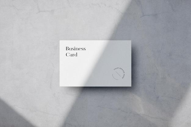 Scène de maquette de carte de visite claire