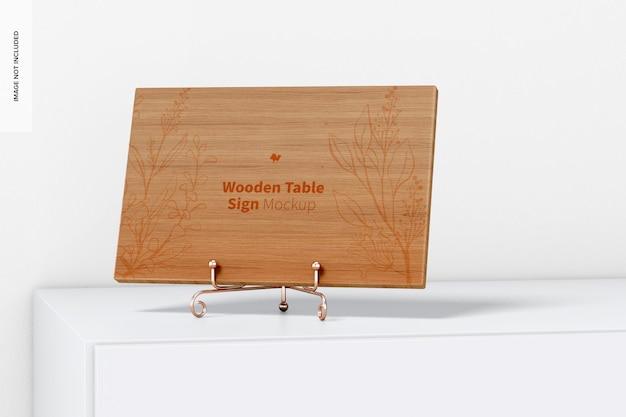 Signe de table en bois sur la maquette de surface