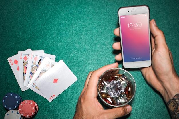 Smartphone maquette avec le concept de casino