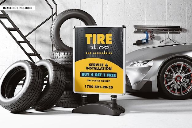 Stand publicitaire dans une maquette d'atelier de pneus