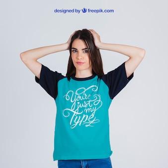 T-shirt féminin maquette