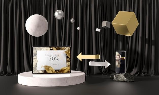 Tablette et téléphone portable sur marbre