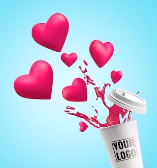 La tasse éclabousse la maquette du cœur