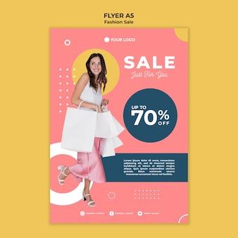 Thème de modèle de flyer de vente de mode