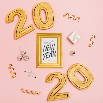 Top view nouvel an lettrage minimaliste sur cadre blanc