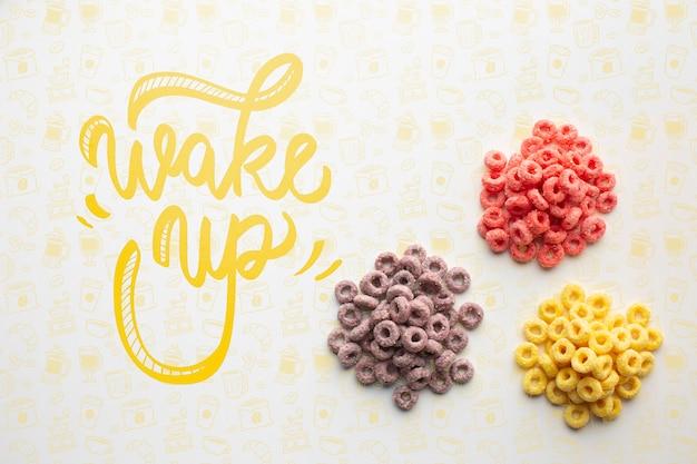 Trois piiles de céréales et message de réveil