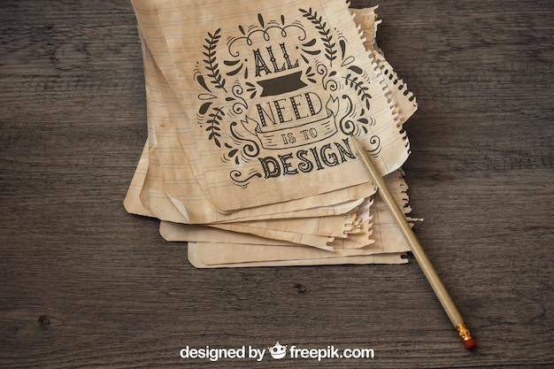 Vieille maquette de papier avec concept de voile et d'aventure