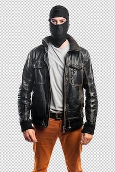 Voleur portant une veste en cuir