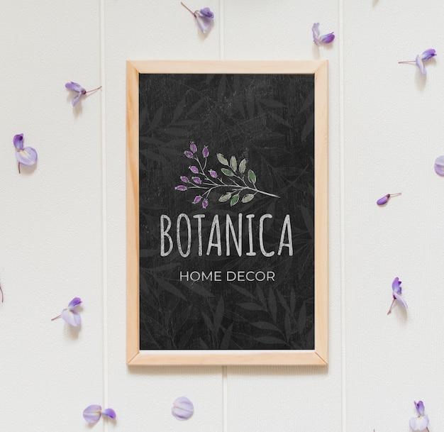 Vue de dessus de beaux pétales de fleurs lilas