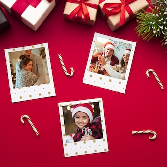 Vue de dessus des photos de famille heureux à noël