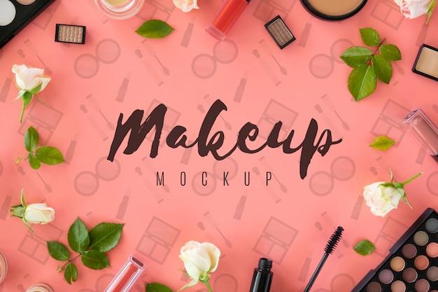 Vue de dessus avec des produits de maquillage