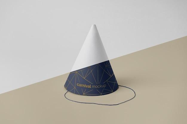 Vue de face du cône de carnaval minimaliste