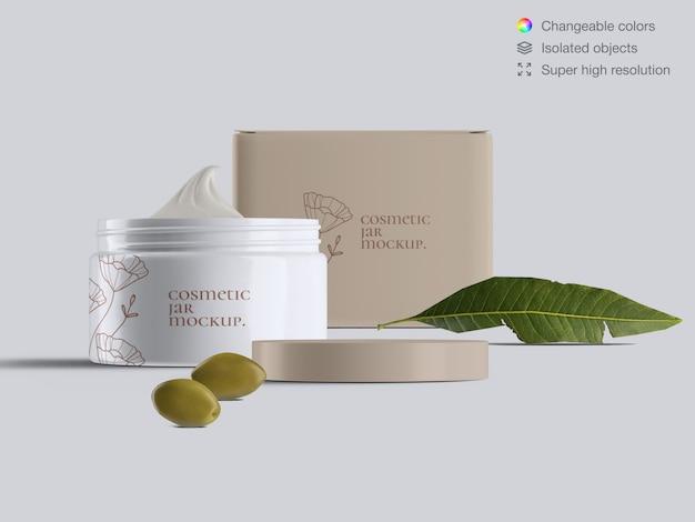 Vue de face réaliste ouvert pot de crème pour le visage cosmétique en plastique et boîte de crème avec modèle de maquette de feuilles d'olives et d'olives
