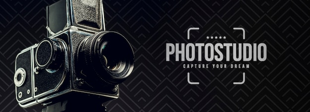 Vue latérale de la caméra pour studio photo