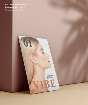 Vue latérale du magazine réaliste