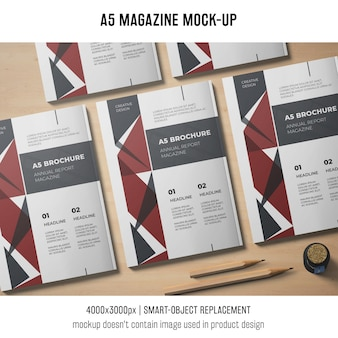 A5 revista mockup de cinco