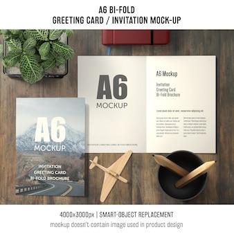 A6 bi-fold modelo de cartão com planta de manjericão