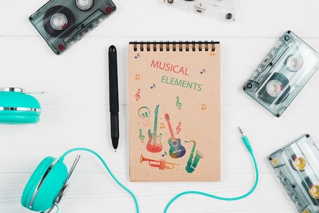 Aparelhos de música modernos e contemporâneos