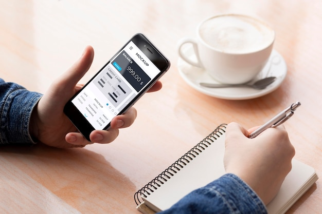 Aplicativo de pagamento para maquete de smartphones